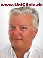 Профессор триждыы доктор медицинских наук г-н Карл Шлегель